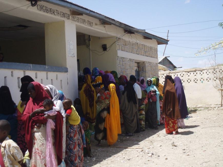Somalilanders queue at health centre